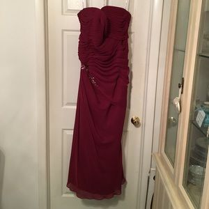 🎉HP🌟Castle Couture Raspberry Chiffon Gown Size16